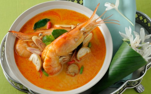 Tom Yam Kung (Shrimp's Spicy Soup)