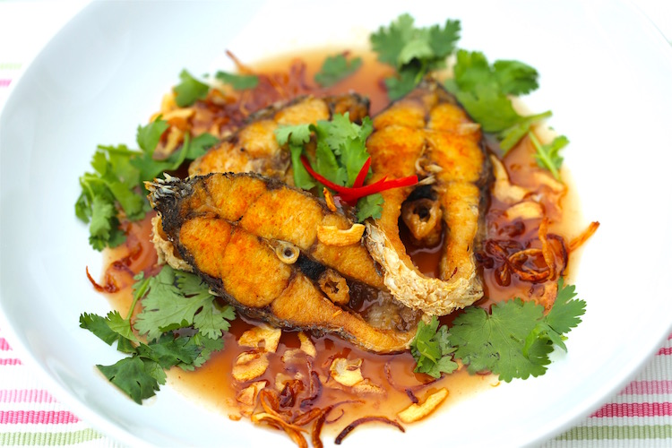 Fish in Tamarind Sauce