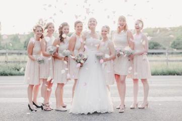 Vergnuegte Hochzeit in Duisburg_IN LOVE Fotografie_ - 30