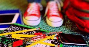 economizar na compra de material escolar