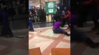Women and teens brawl at Mayfair Shopping Mall in Wauwatosa