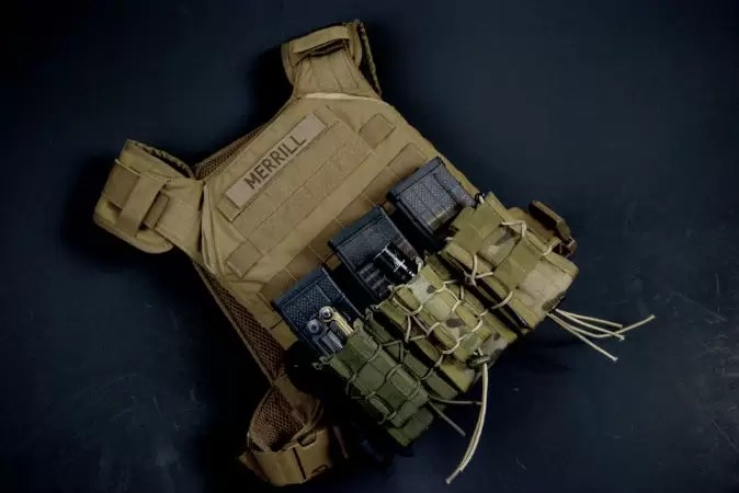 Minimalist plate carrier by GGG