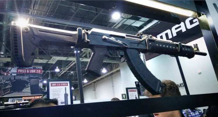 AK Stock - Zhukov Stock - Magpul AK 47 furniture @9bladesphoto at 2016 SHOT Show