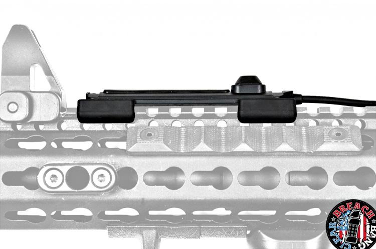 Streamlight ProTac Rail Mount 2 switch profile.