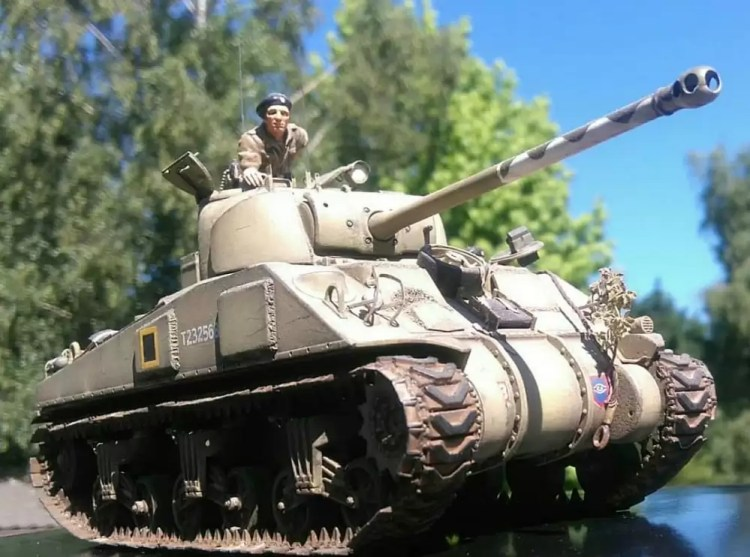 In this installment of tank week: 5 of the best 1/35 scale and other scale model tank modelers around: Sherman Firefly.