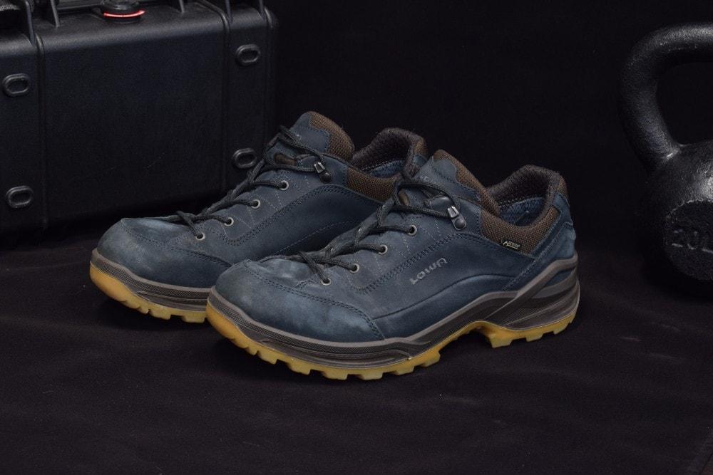 Lowa Renegade GTX Lo Boots - made in Slovakia