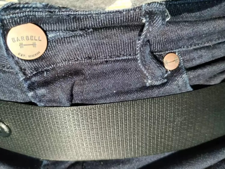 Barbell Jeans review - detail close-up