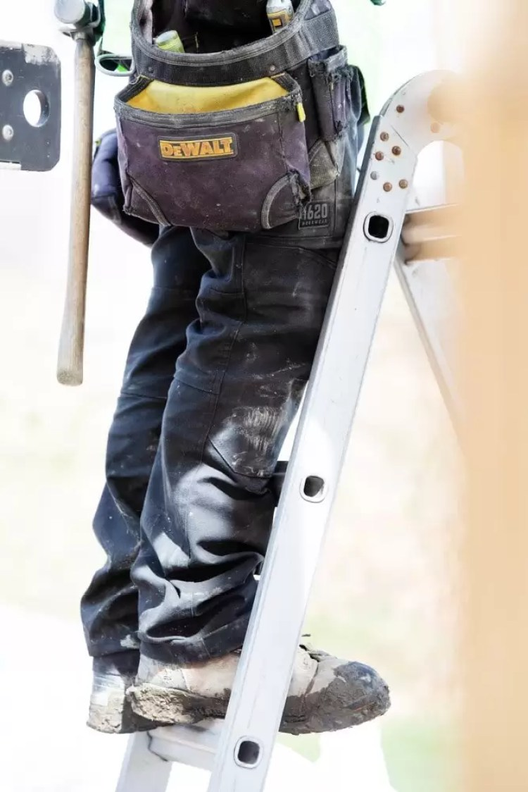 1620 NYCO Dura flex fabric is durable enough to handle tough working conditions.