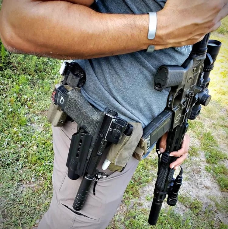suppressor holster - Raven Concealment says it's easy to suppress all the things with the X-FER V2.