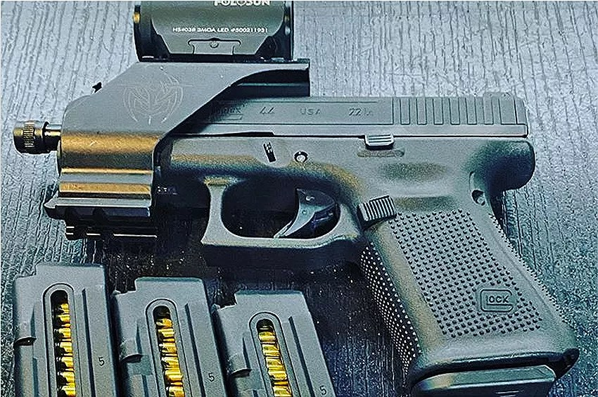 A G44 with all sorts of accessories.