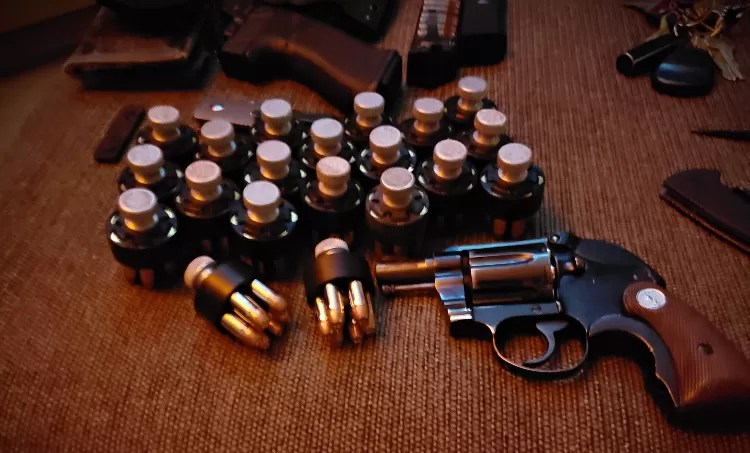 You can never have enough speedloaders. HKS #10s work fine with the Colt Agent.