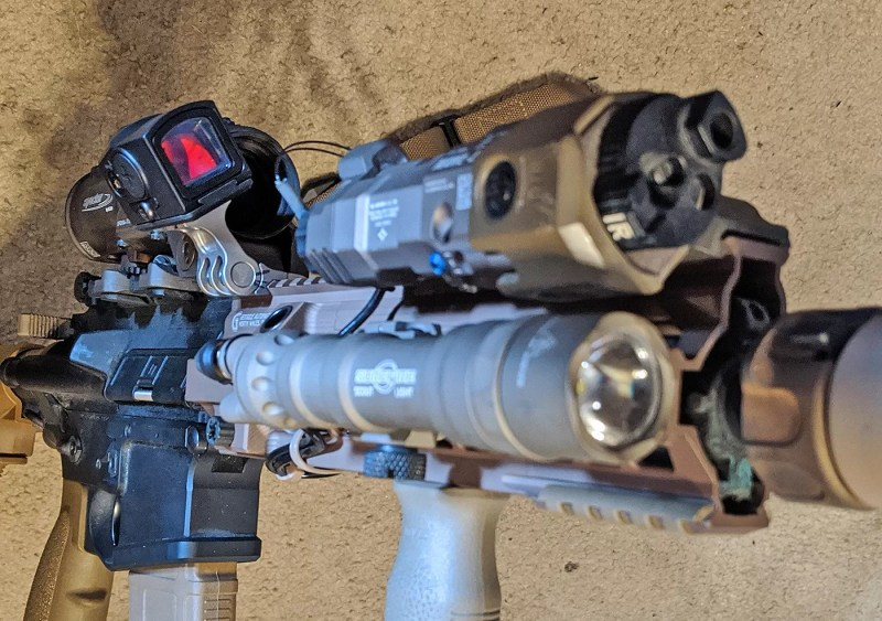 Rukh offset mount from Valhalla Tactical with ACRO P-1 from Aimpoint
