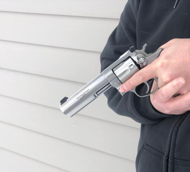 left handed revolver reloading, resume grip