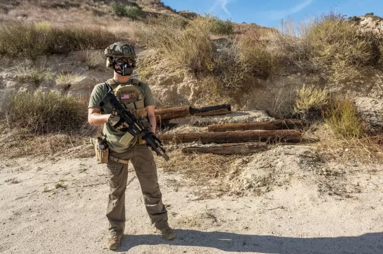 Full kit with the Mk18.