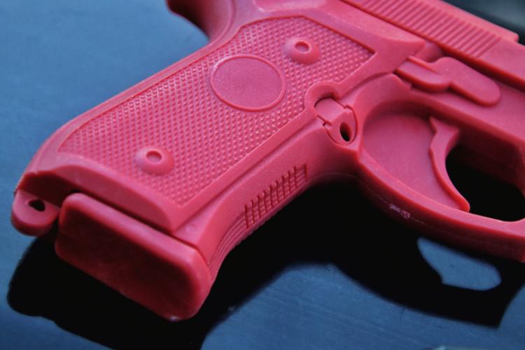 ASP red gun Beretta M9 grip features.