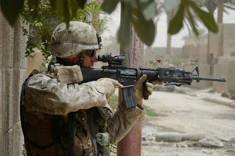 USMC ACOG in action.