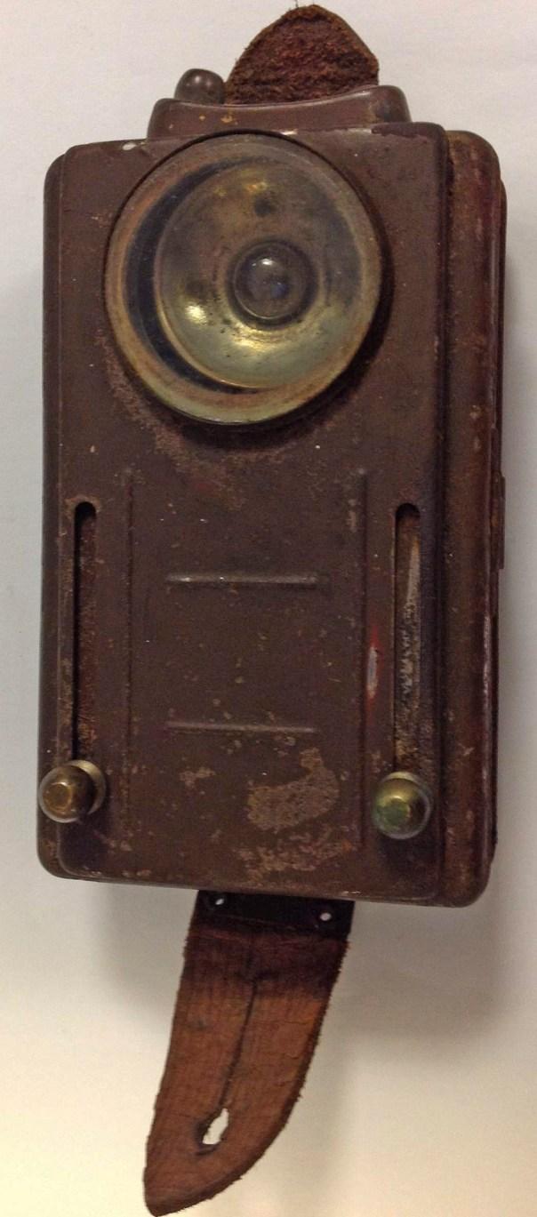 Electric light No. 4 (historical British military flashlight).