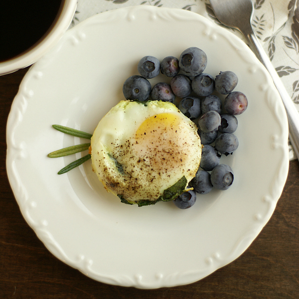 baked spinach and egg