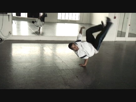 https://i2.wp.com/www.breakdanceclass.com/breakdance.jpg