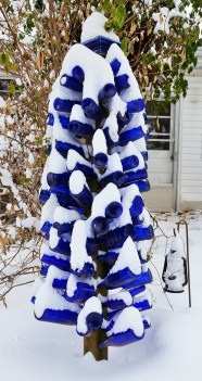 This bottle tree is by the deck. Copyright © 2013 Gary Allman, all rights reserved.