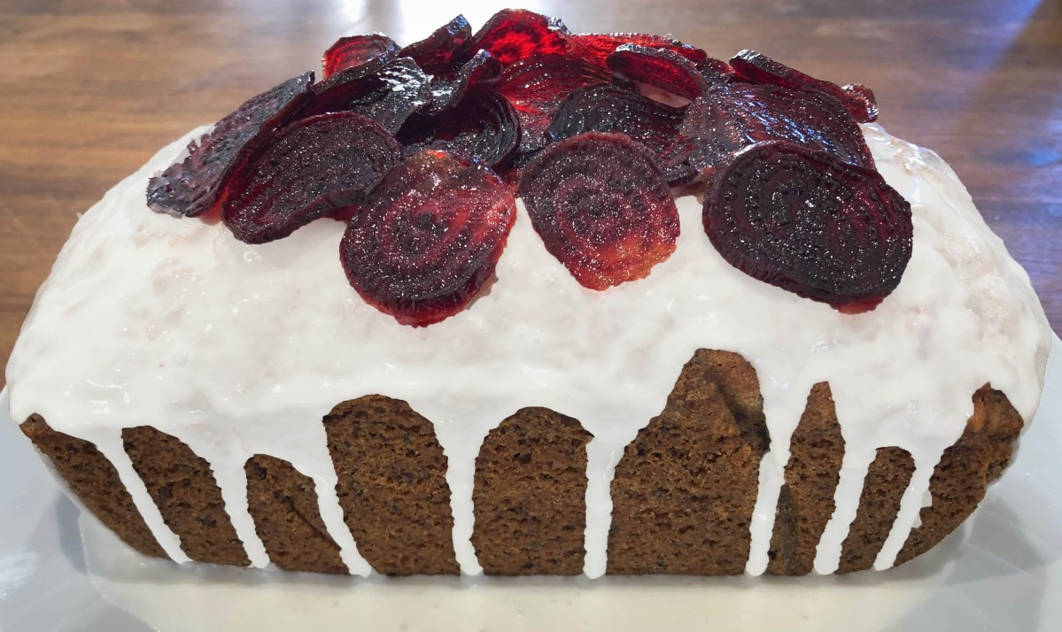 Beet and Poppyseed Cake