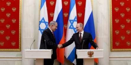 Russian President Vladimir Putin (R) and Israeli Prime Minister Benjamin Netanyahu holding a joint press conference after their meeting in the Kremlin in Moscow on November 20, 2013. (Photo: Kobi Gideon/GPO/FLASH90)