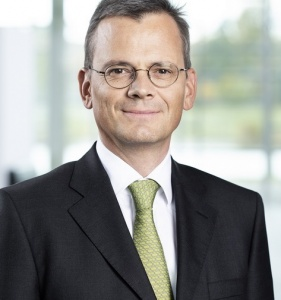 Airbus appoints new chief financial officer as management shakeup continues