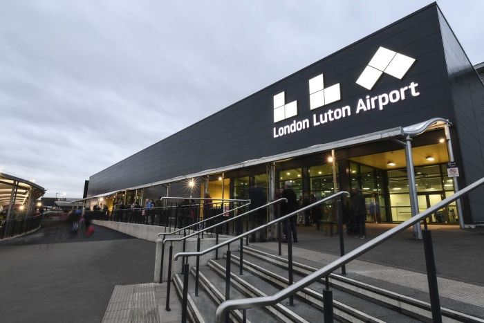 Luton Airport reports strong summer passenger numbers 1