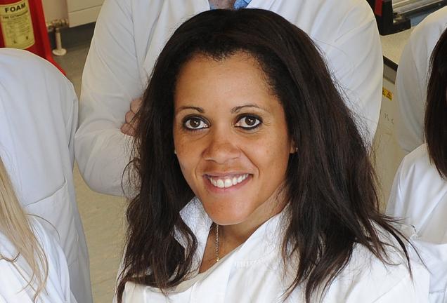Dr. Annette Byrne