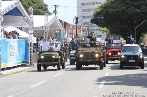 Desfile-7SET2013_FotoEliasMedeiros20--e1378575787332
