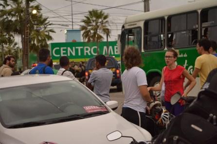 Segunda-feira houve um protesto contra o aumento da passagem (Fotos: Lara Paiva)