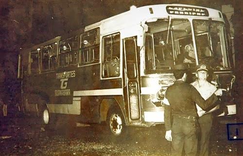 Ônibus após a tragédia