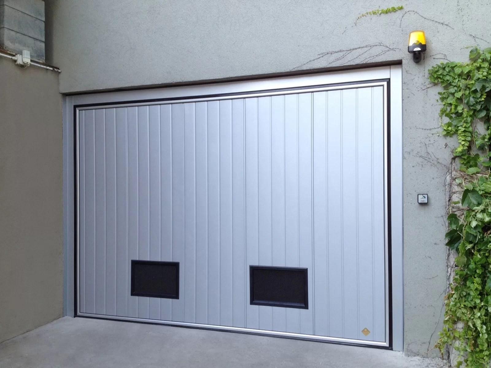 Portone basculante da garage SWING - Liscio grigio RAL 9006