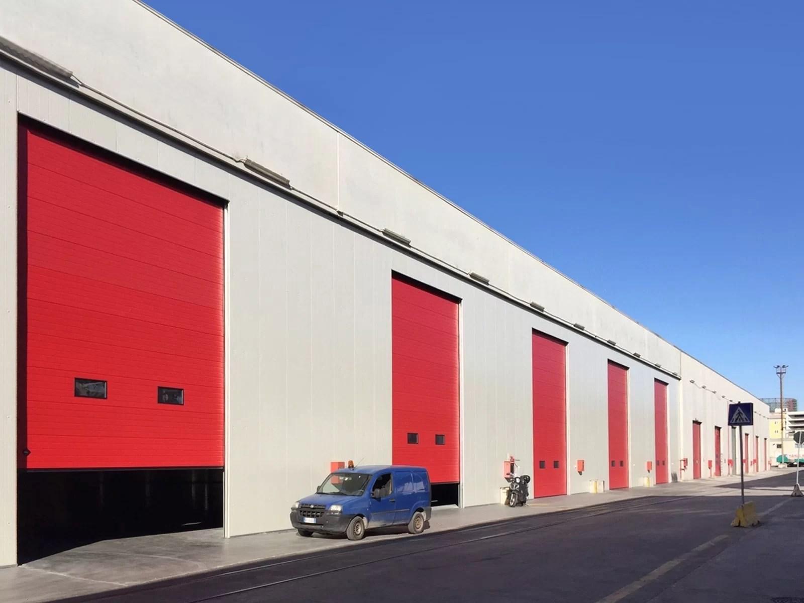Portone sezionale industriale DOCK - Rosso RAL 3000