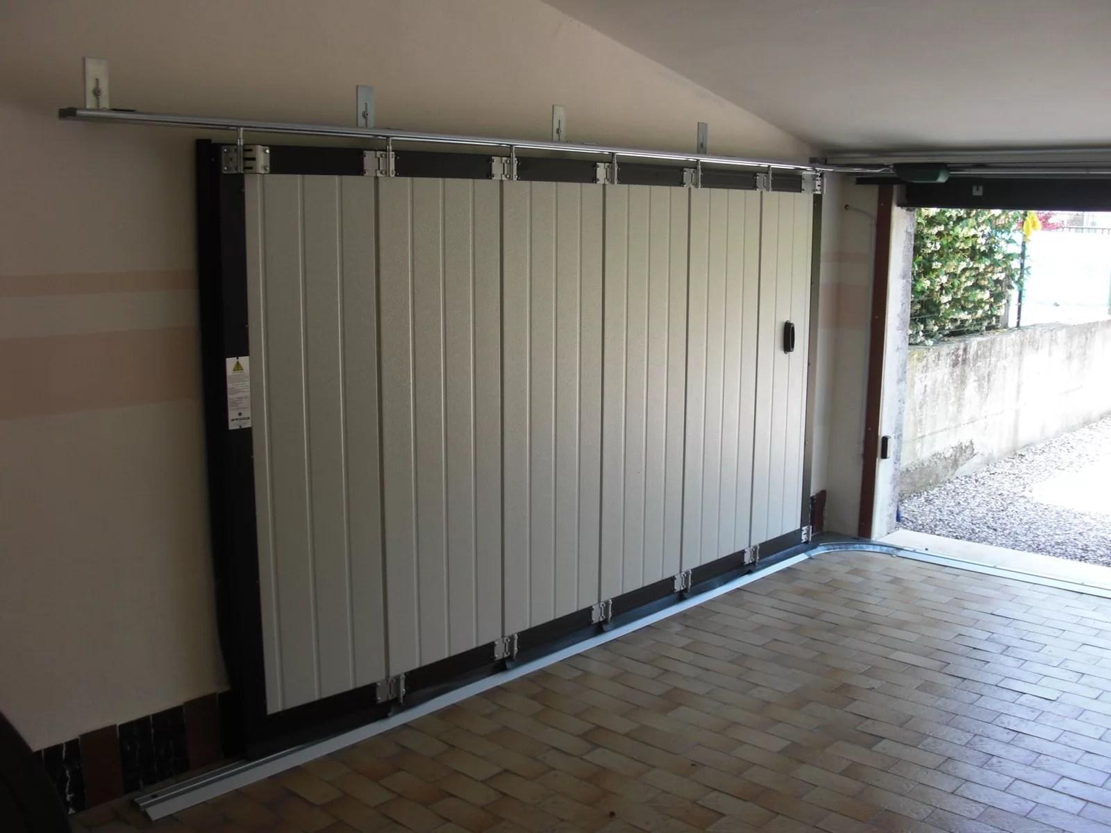 Portone sezionale laterale PHENIX - Simil legno quercia interno