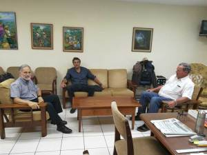 Nicaragua meeting between the Breedcafs coordinator and the representative of outgrowers