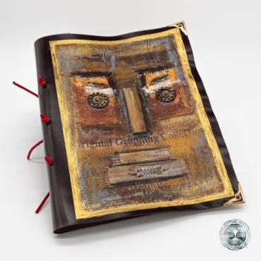 Breely Story - Agende blocnotes colectia Moai - Agenda realizata manual din piele naturala, pregatita pentru a fi un prieten in orice calatorie ! Copertile din piele au o flexibilitate naturala, ele se adapteaza la personalitatea celui care le atinge. Produsele Breely Story realizate din piele, te bucura timp indelungat prin atingerea lor pretioasa.