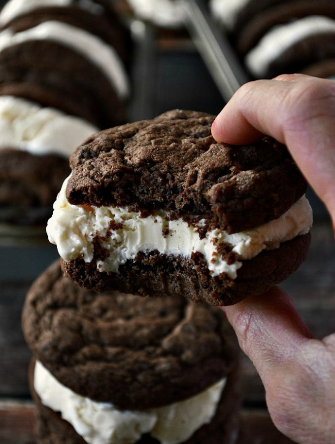 Summer is sure to come with a batch of these Gluten Free Ice Cream Sandwich Cookies. Think soft, chocolaty, homemade cookies paired with your favorite creamy vanilla ice cream. Sounds like heaven to me!
