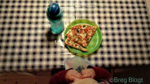 Ondertussen werd thuis het WK Pizza Proppen gehouden!