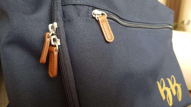 Gepersonaliseerde laptoptas met gouden opdruk Bulbby bregblogt.nl