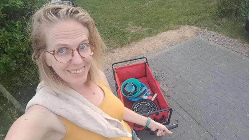 afwassen op de camping bregblogt.nl