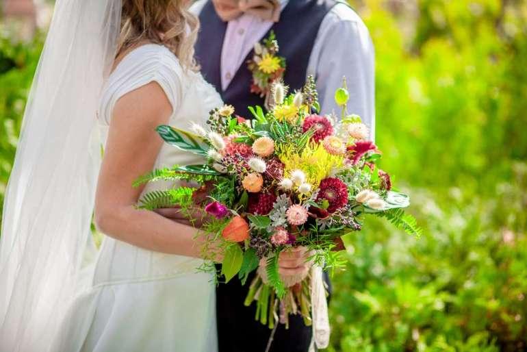 Bruidsboeket tips veldboeket bohemian inspiratie bruiloft bregblogt.nl shutterstock