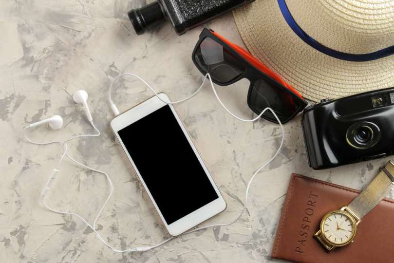Telefoon handig gebruiken vakantie Shutterstock bregblogt.nl