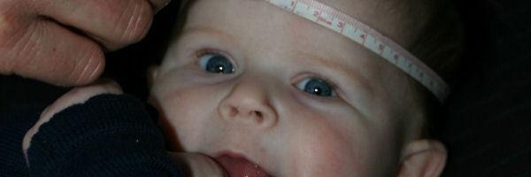 Hoofdomtrek baby - maat babymuts