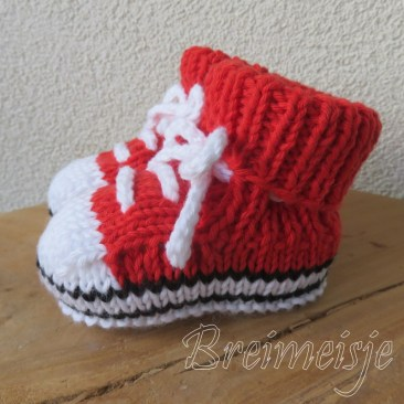 Sportschoentjes breien pasgeboren baby