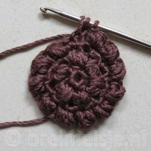 Puff stitch steek haken stap 3