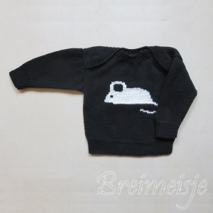 Babytruitje zwart wit breien