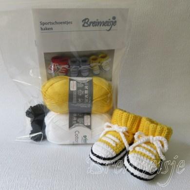 Haakpakket Breimeisje sportschoentjes geel-wit
