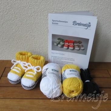 Breipakket sportschoentjes geel