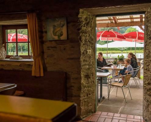 Seegasthof Breineder Blick aus dem Seestueberl ins Freie
